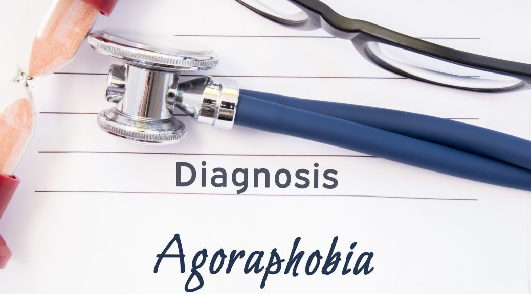 symptoms of agoraphobia with panic disorder